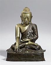 A large Mandalay bronze figure of Buddha Shakyamuni. 20th century