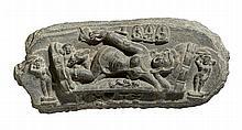 A Bengali stone horizontal stele of Shiva Grahapati. Grauer Stein. Pala dynasty, 10th century