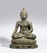 A Lan Na/Chiang Saen bronze figure of Buddha in maravijaya. 15th century