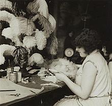 Germaine Krull, Les Plumassières (from the series: Les Ouvrières de Paris), c. 1930