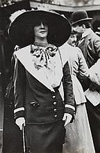 Jacques-Henri Lartigue, Liane de Lancy aux courses, 1911
