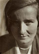 Lucia Moholy, Portrait Yella Curjel, c. 1929
