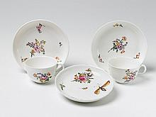 Two Wegely porcelain cups and saucers.