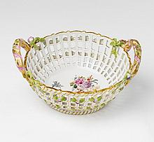 An early KPM porcelain basket. Diameter 15.3, H