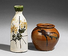 A tokkuri and a tsubo. Late 19th/early 20th century