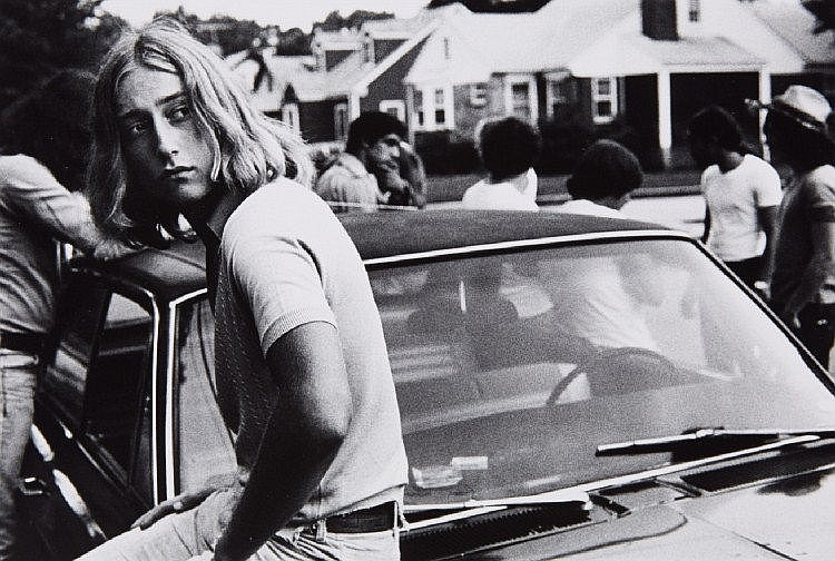 Joseph Szabo, Tom on his car, 1977