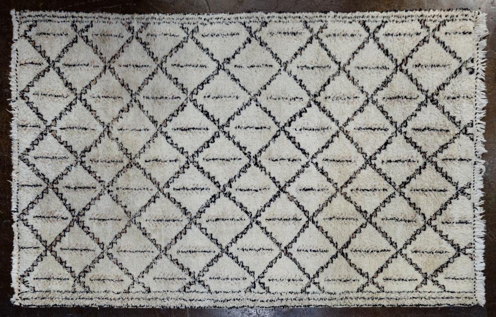Moroccan Fringed Wool Rug