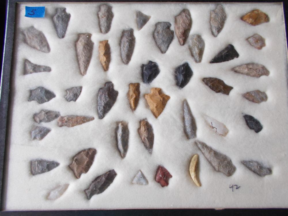 42 Ancient Local Stone Points