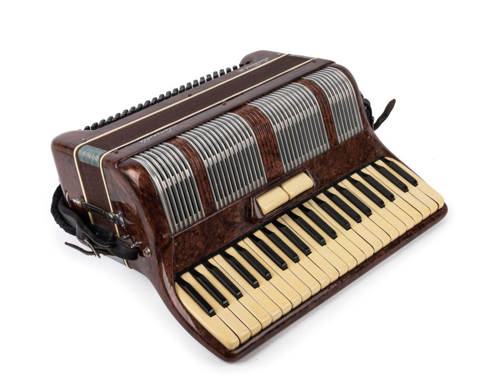LERENELLI BELLINI III vintage Italian piano accordion in case, mid 20th century
