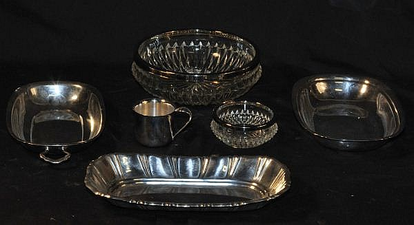 LOT OF FIVE SILVERPLATED PIECES
