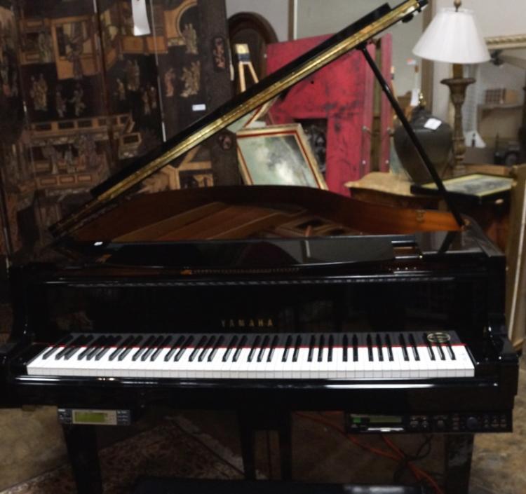 Yamaha gp disklavier baby grand auto player piano for Yamaha disklavier grand piano