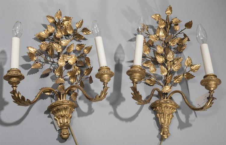 Pair of gold gilt Italian style wall sconces