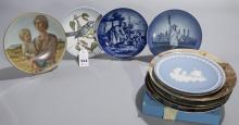 Collection of twelve plates including the Edna Hibel Mother''s Day plate for 1989