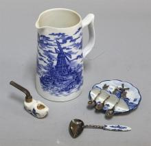 A grouping of 20th century Delft decorative items