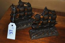 Pair of ship form bookends