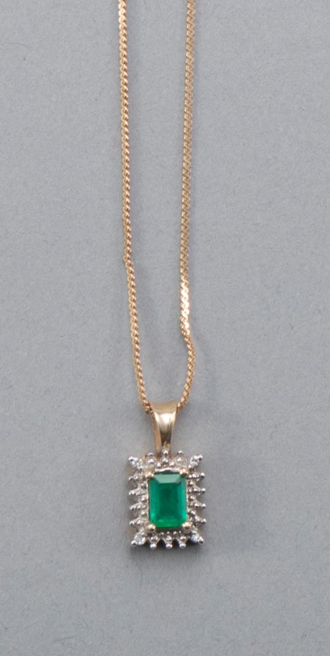 Ladies 14k Yellow Gold Emerald Cut Emerald Pendant, 3/4 Carat
