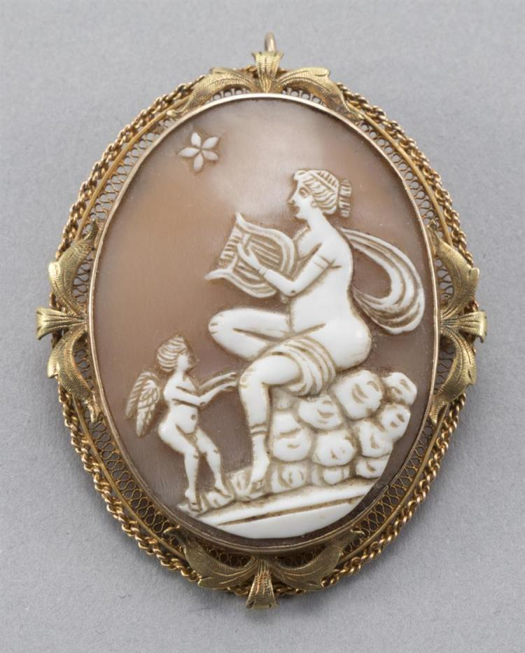 Vintage Conch Shell Cameo Pin/Pendant