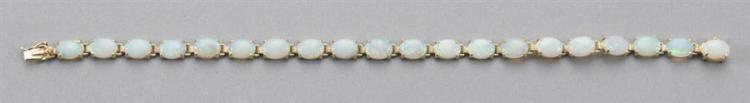 14k yellow gold bracelet set with 20 beautiful Australian crystal opals