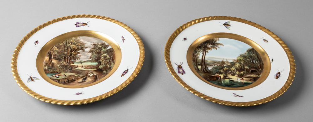 Pair of Gold Gilt Cabinet Plates in the Royal Vienna Style