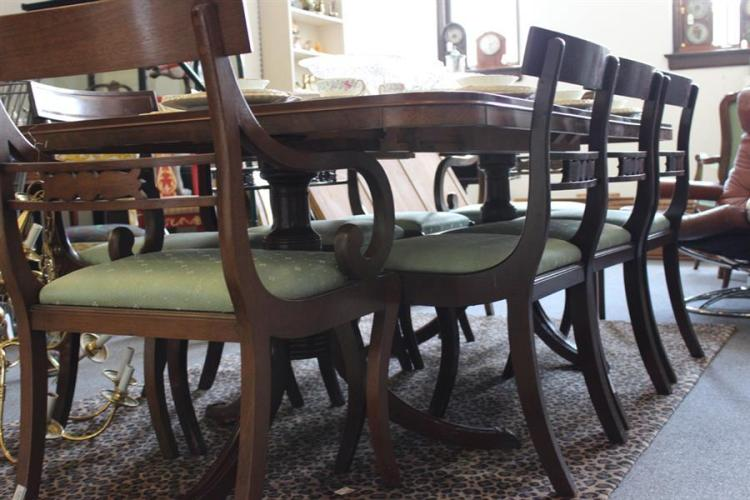Mahogany dining room table for Mahogany dining room table