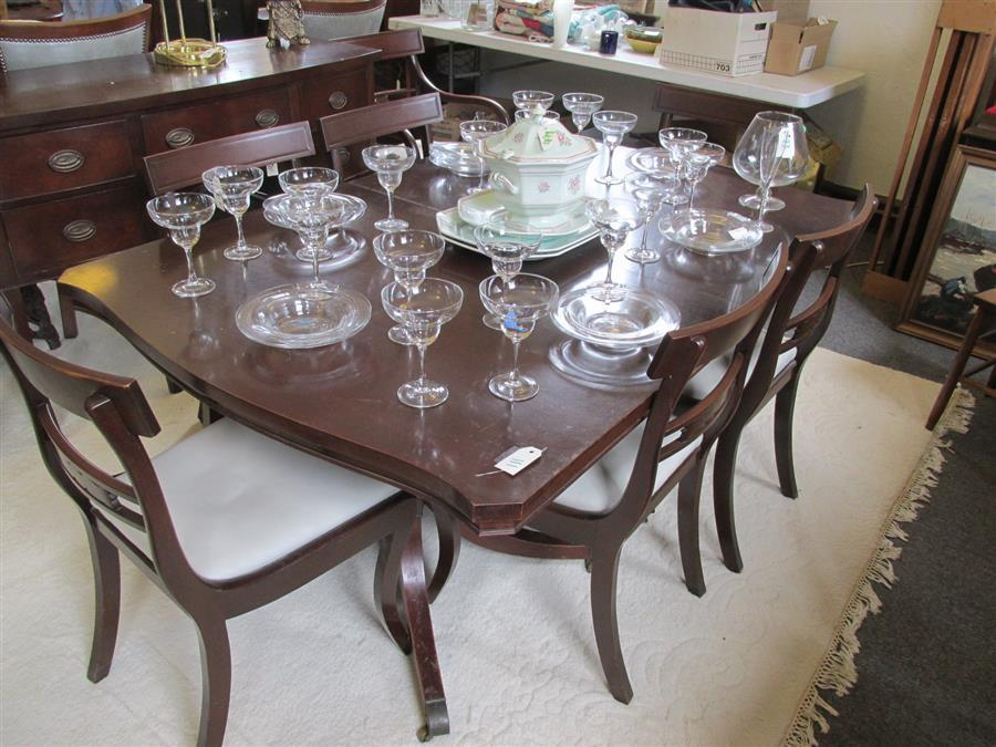 1940's mahogany twin pedestal dining room table