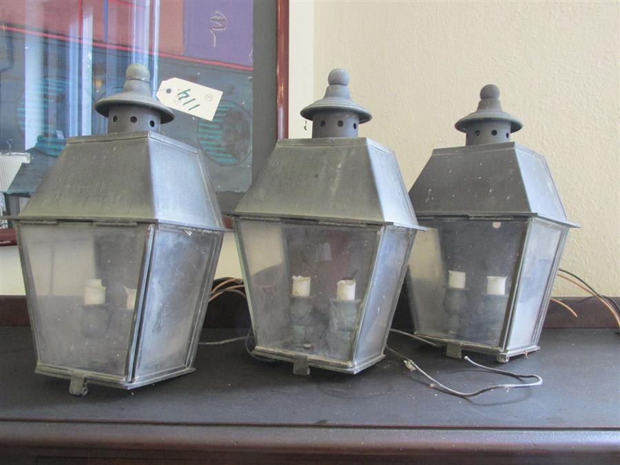 Three carriage lanterns, electrified (height: 14 inches, width: 8 inches)