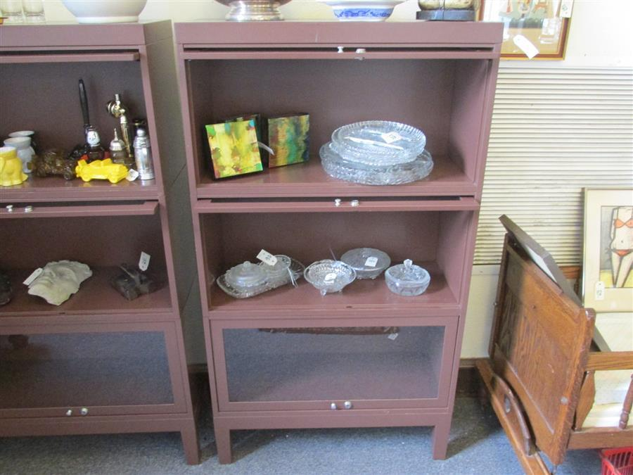 Lot 7: Shaw Walker Five piece three stack metal lawyers bookcase