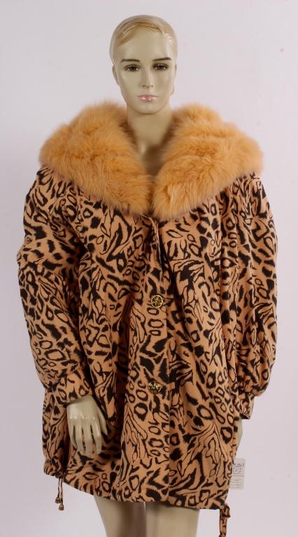 Nina Ricci Melon Fox Collared Coat