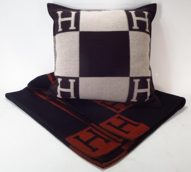Hermes Blanket & Avalon Pillow