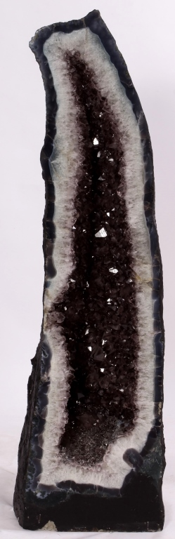 Amethyst Geode Cathedral, 58