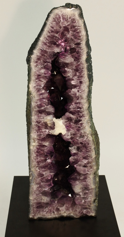 Amethyst Geode Cathedral, 29