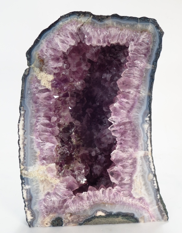 Amethyst Geode Cathedral, 13