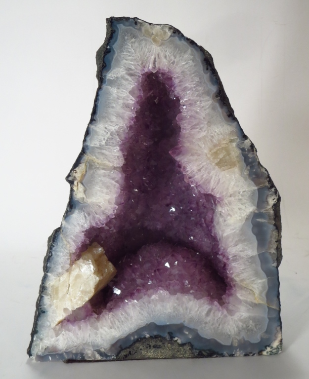 Amethyst Geode Cathedral, 14