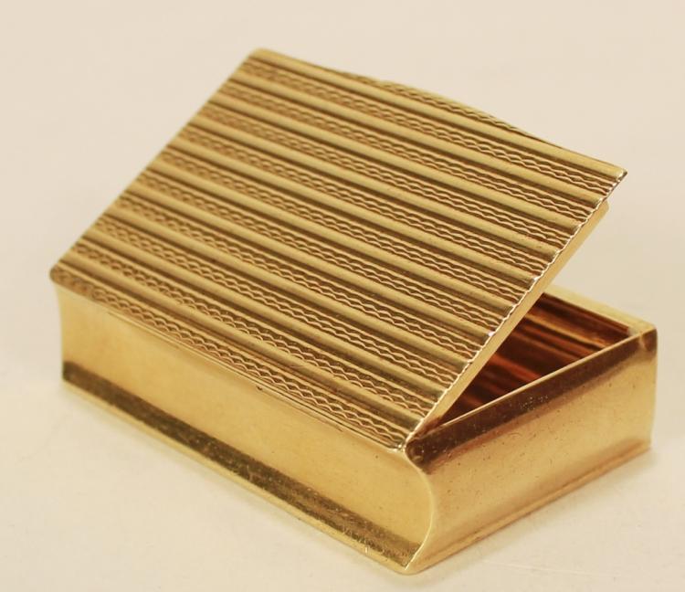 Van Cleef & Arple 18k Gold Box