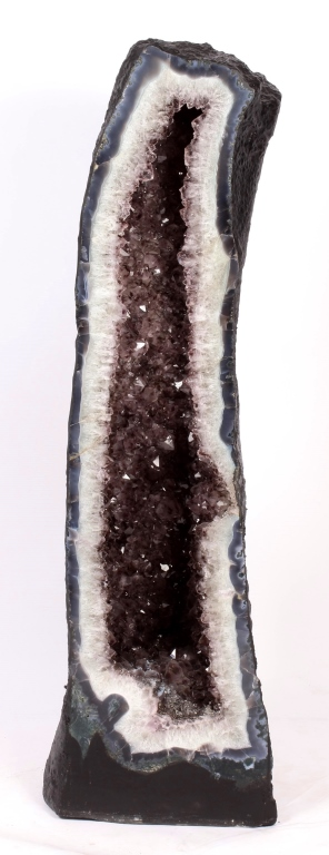 Amethyst Geode Cathedral, 59