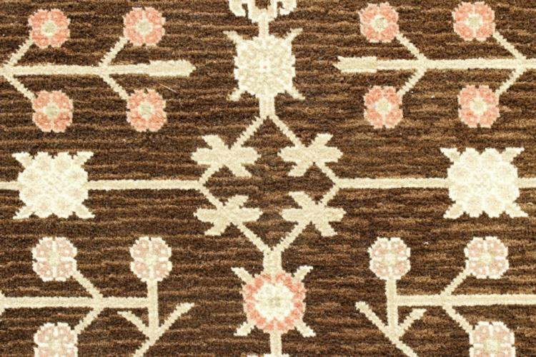 Arts & Crafts Style Carpet, Brown Fld w Flowers