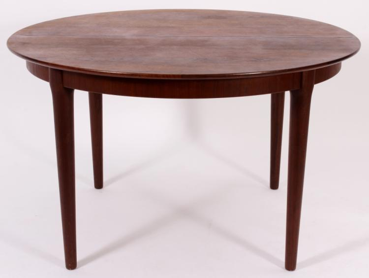 Rosewood Dining Table, mid 20th Century