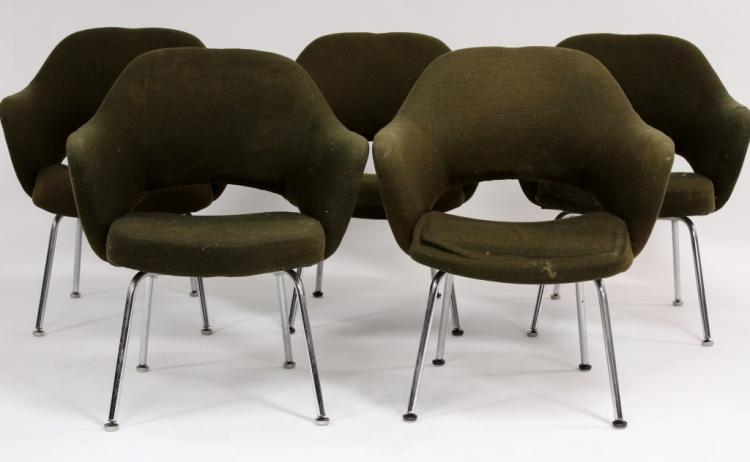 5 Eero Saarinen for Knoll International Chairs