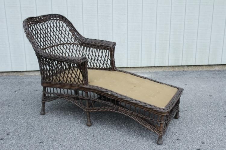 vintage bar harbor rattan chaise armchair. Black Bedroom Furniture Sets. Home Design Ideas