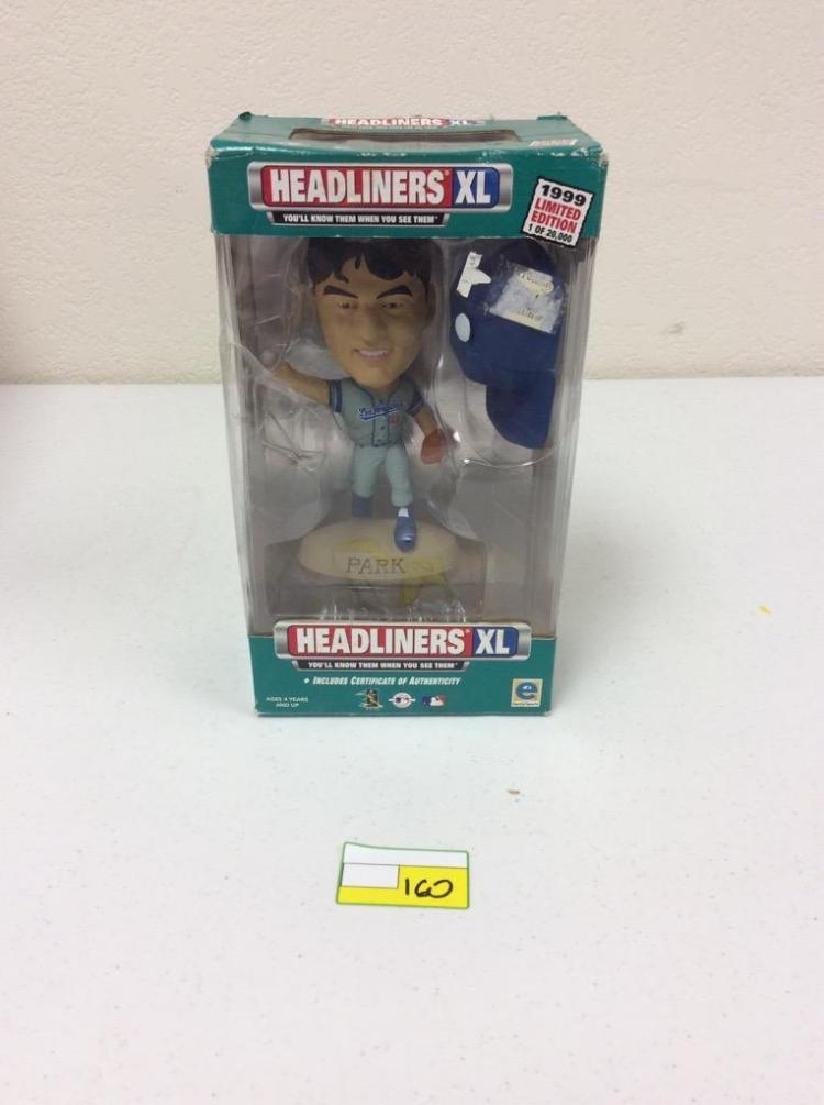 Headliners XL 1999 Limited Edition Figuring w/ Certificate of Authenticity - Chan Ho Park