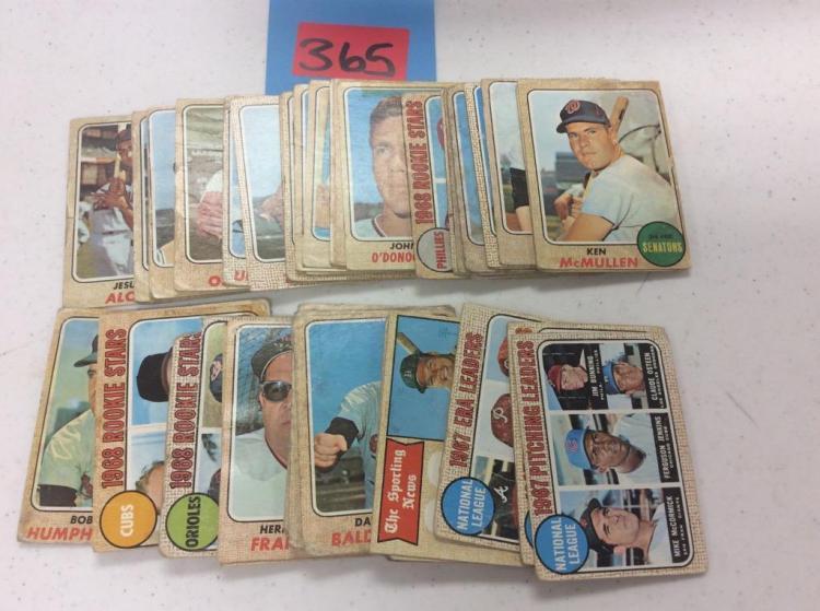 (62) 1968 Topps Baseball Cards - Incomplete Set