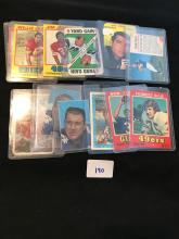 Great mix of vintage football cards 12 total