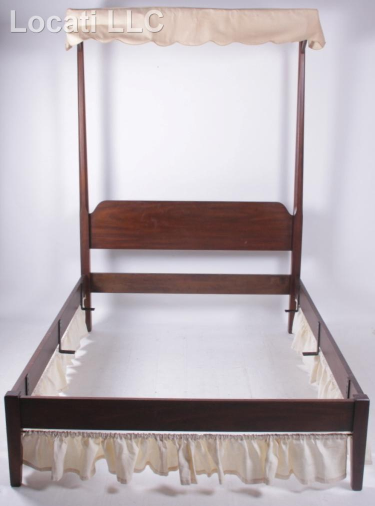 A kittinger colonial williamsburg mahogany bed for Furniture 4 a lot less