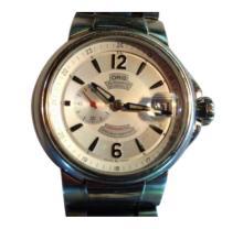 Gentleman's Steel Chronometer/Date Wristwatch and Bracelet.