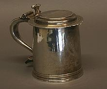 A Fine William III Tankard. Makers mark C S,