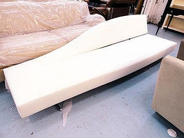 SOFA, of large proportions, by Cassina, in cream