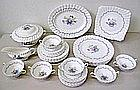 Royal Doulton The Chelsea Rose dinner service setting for six (34pcs)