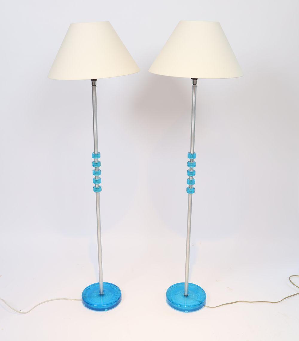 Paire de lampadaires scandinave, design de Carl Fagerlund pour Orrefors en 1960 Aluminium et verre c