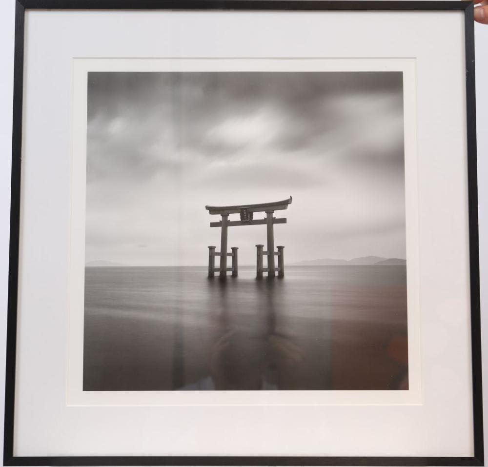 """""""Spirit III"""" de Sébastien Grebille Tirage photographique en noir et blanc encadré sous verre. Signé,"""