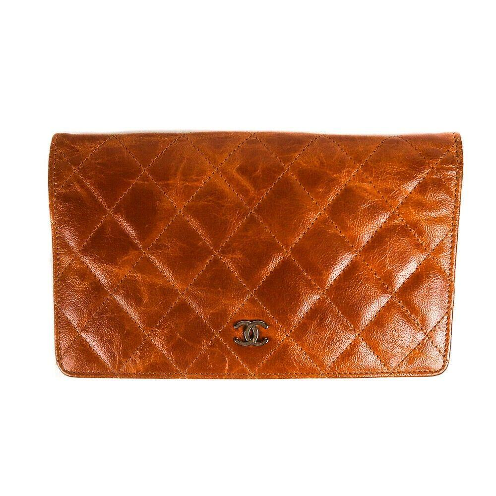 Chanel Wallet - CC Logo - BiFold Cognac Brown Quilted